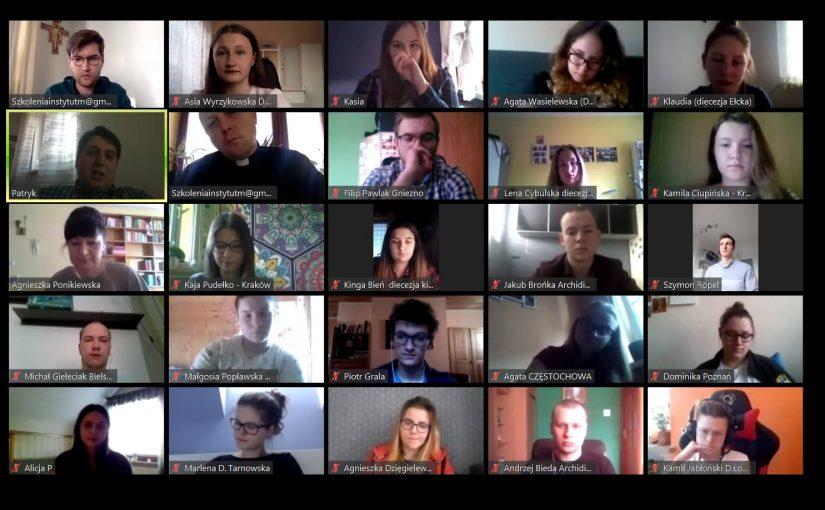 """Trwają szkolenia medialne online wramach projektu """"Media – Młodzież – Edukacja"""""""