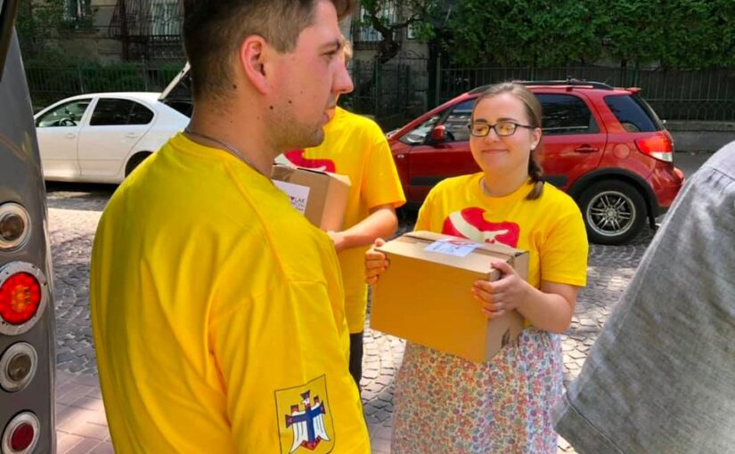 Polak zsercem: wizyta naUkrainie iprzekazanie darów Rodakom